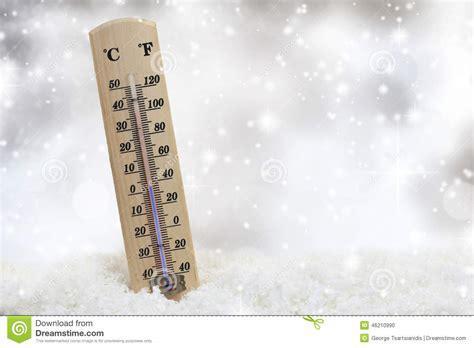 termometre cuisine thermomètre sur la neige photo stock image 46210990