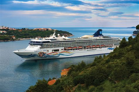 Norwegian Spirit | Norwegian Cruise Line | CruiseDeals.co.uk