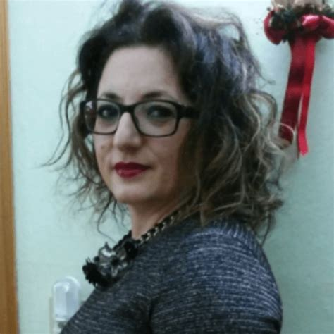 consolato inglese bologna mi chiamo cinzia valenti sono laureata in traduzione e