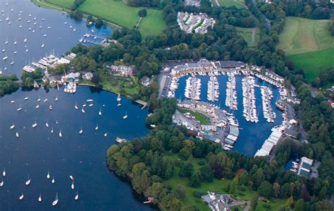 Motor Boats For Sale Lake Windermere by Sealine F380 To At Windermere Boat Show