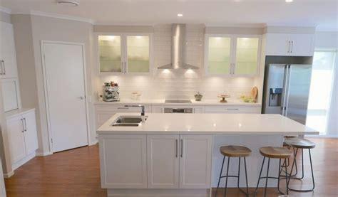 organic white caesarstone kitchens htons inspired kitchen kitchen connection brisbane 3771