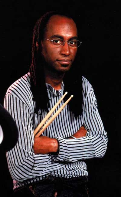 omar hakim drummerworld
