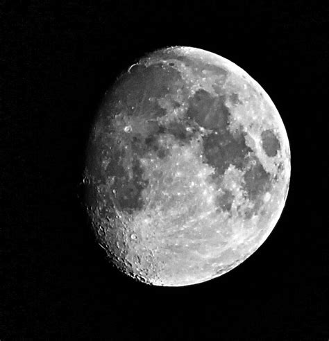 The Moon 10 Surprising Lunar Facts