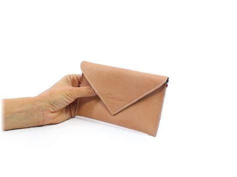 porte papier bureau porte document en cuir noir permettant de vous déplacer
