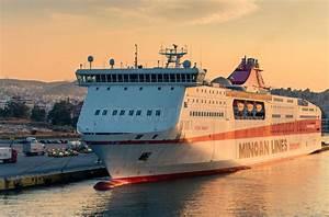Vitesse De Croisière : bateau de croisi re grande vitesse grec photographie ditorial image du grand luxe 43527832 ~ Medecine-chirurgie-esthetiques.com Avis de Voitures