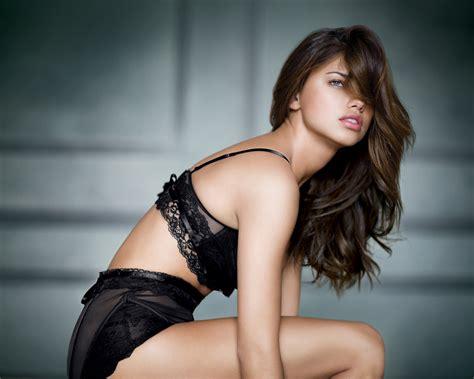 Adriana F Lima Victoria S Secret Wallpaper Fanpop
