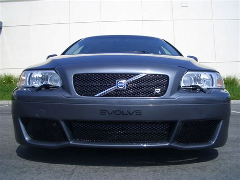 elevate volvo vr upper grille  elevate sport front