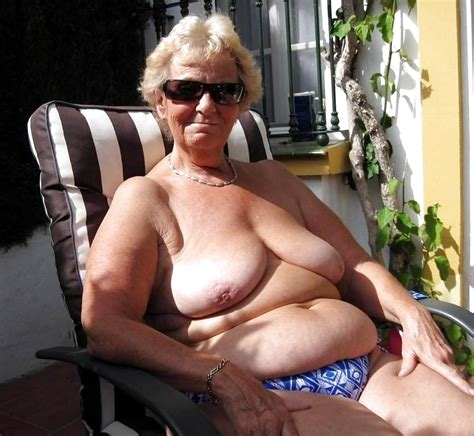 Grannies Who Cause A Boner 16 Pics