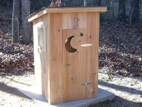 pump cover house ideas   pump house