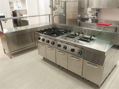 four de cuisine professionnel inox cuisson et gros matériel agencement restauration com