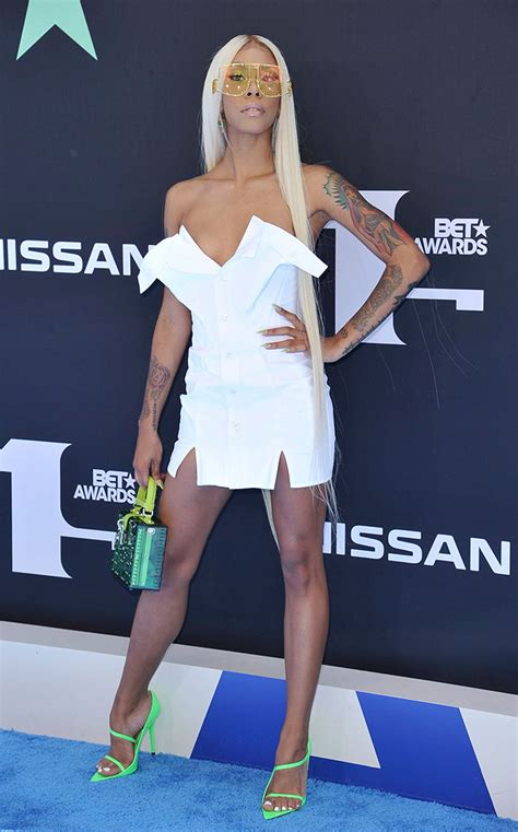 Sandals at 2019 BET Awards Is the Big Style Statement of ...