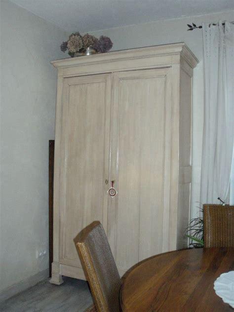 peindre une armoire ancienne
