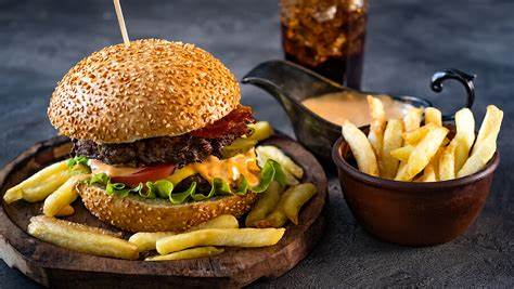 One of the 10 best burgers in the world is Saudi! - KAWA