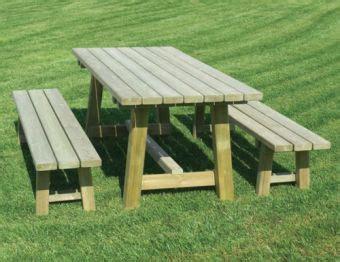 panchine in legno per esterni tavoli e panchine in legno da esterno per giardino