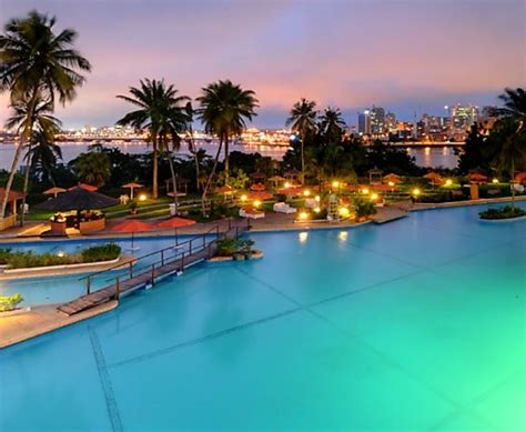 oasis pool lounger le restaurant 201 l 233 phant d or picture of sofitel abidjan 1151