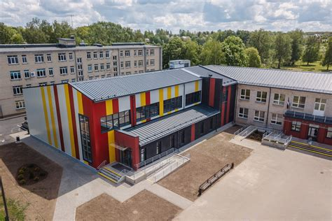 Cieceres internātpamatskolas ēkas pārbūve - Baltex Group