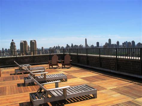 rooftop deck design roof deck design ideas romantichomedesign com