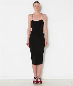 robe noire a bretelle les robes sont populaires partout With robe noire bretelles