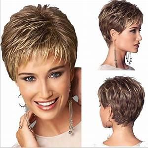 Coupes Cheveux Courts Femme : blonde femme coupe de cheveux courte ligne droite perruque ~ Melissatoandfro.com Idées de Décoration