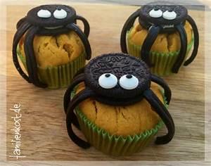 Halloween Muffins: Rezept für Kürbis Spinnen Muffins