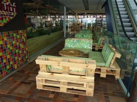 pallet  restaurant furniture pallet wood projects