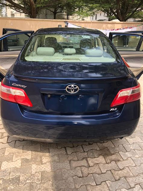super clean  toyota camry full option leather seats