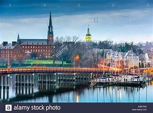 Annapolis, Maryland, USA State House and St. Mary's Church ...