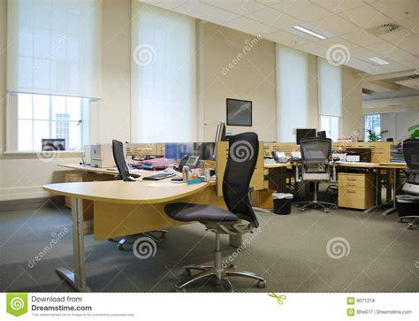 travail de bureau lieu de travail de bureau photo stock image du place