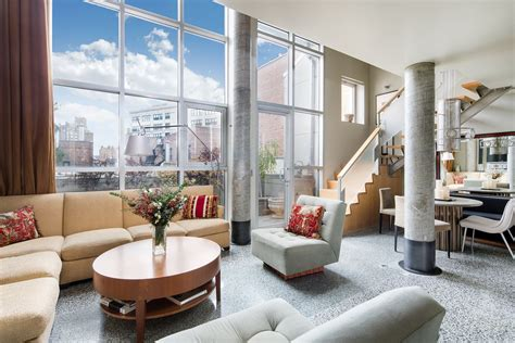 Apartment Sofas Nyc by Nyc Apartment Interior Design What S What S Not