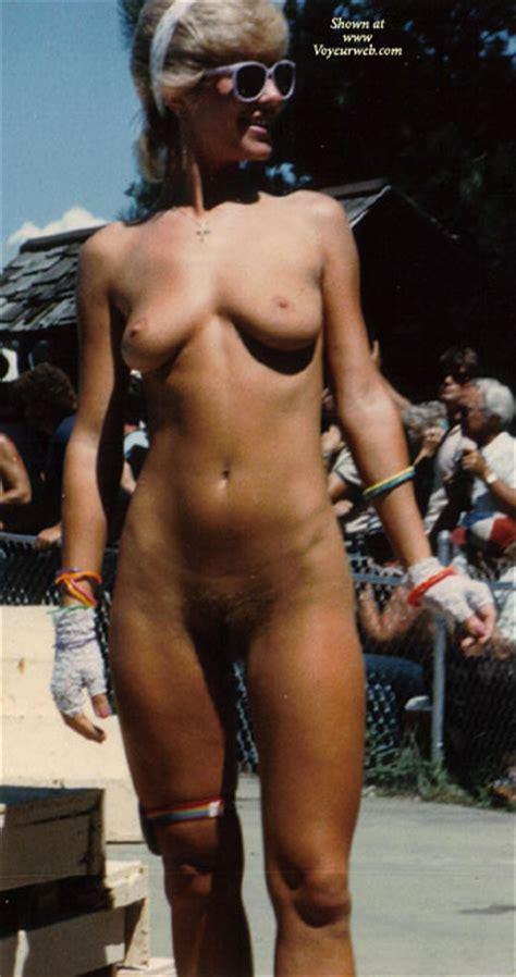 Nudes A Poppin 1980s January 2011 Voyeur Web