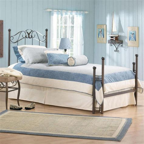 Bedroom: Awesome Small Bedroom Decorating Ideas With