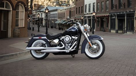 How Much Is A New Harley Davidson by 2018 Harley Davidson Softail Deluxe Top Speed