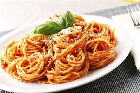 cuisine spaghetti italy stays home for lunch hour as weak economy and