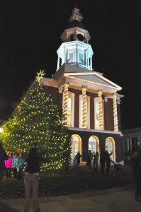 danville tree lighting 2017 heart of danville announces annual holiday events line up