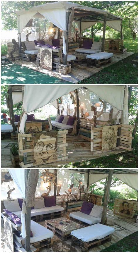 mon salon stars palette  outdoor pallet lounge corner