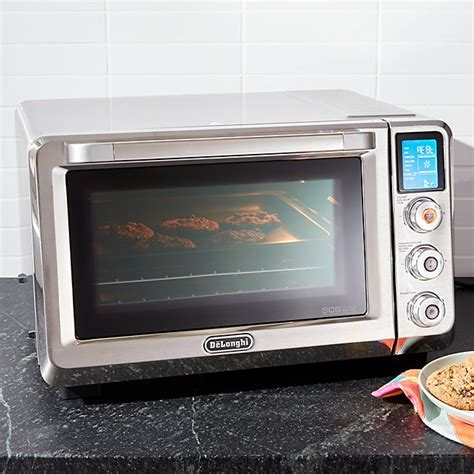 Delonghi ® Livenza Convection Toaster Oven   Crate and Barrel