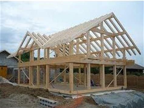 ossature bois madrier bois poteau poutre que choisir maisons bois foret architecte