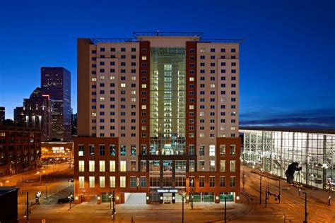 hotels near sports authority field at mile high hotels in