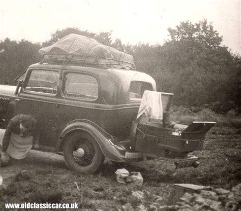Ford Model Y Tudor & Fordor Saloon Cars
