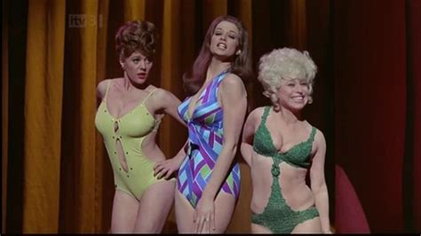 Carry on a Girls - Margaret Nolan, Valerie Leon and ...