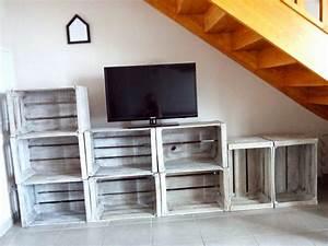 Meuble Tv Avec Etagere : do it yourself meuble tv avec caisses en bois bull 39 elodie ~ Teatrodelosmanantiales.com Idées de Décoration