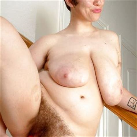 Mature Vicky Big Saggy Tits And Hairy Pussy And Pits Porn Pictures
