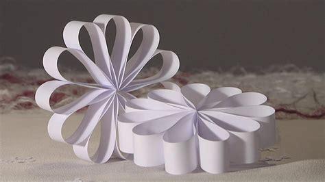 deco noel en papier noel deco decoration rosace boucle papier diy