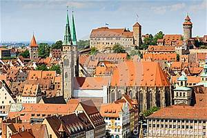 B Quadrat Nürnberg : schloss vogelperspektive n rnbergs n rnberg deutschland kirche st sebaldus stockfoto ~ Buech-reservation.com Haus und Dekorationen