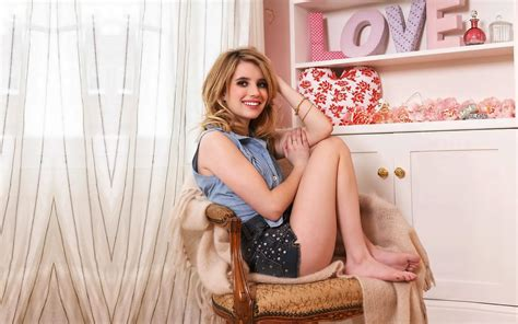 Emma Roberts Hot Photos - Download Hd Emma Roberts Hot ...