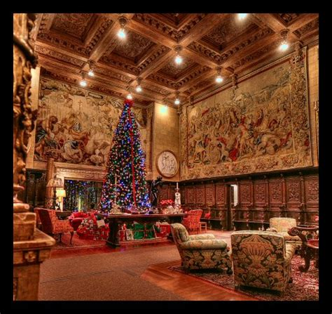 hearst castle christmas  grand backdrop