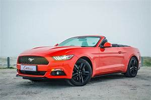 Ford Mustang 2.3 EcoBoost Convertible Automatic (2016) Review - Cars.co.za