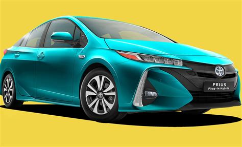 Toyota Prius Plug-in, Car+ May 2016 By