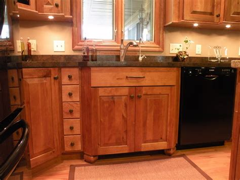 quaker cabinets yonkers cabinets ideas kraftmaid kitchen cabinets wholesale