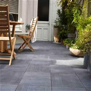 Carrelage Terrasse Gris : terrasse carrelage gris anthracite nos conseils ~ Nature-et-papiers.com Idées de Décoration